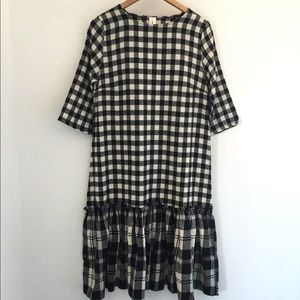 Dresses & Skirts - Plaid Shift Dress